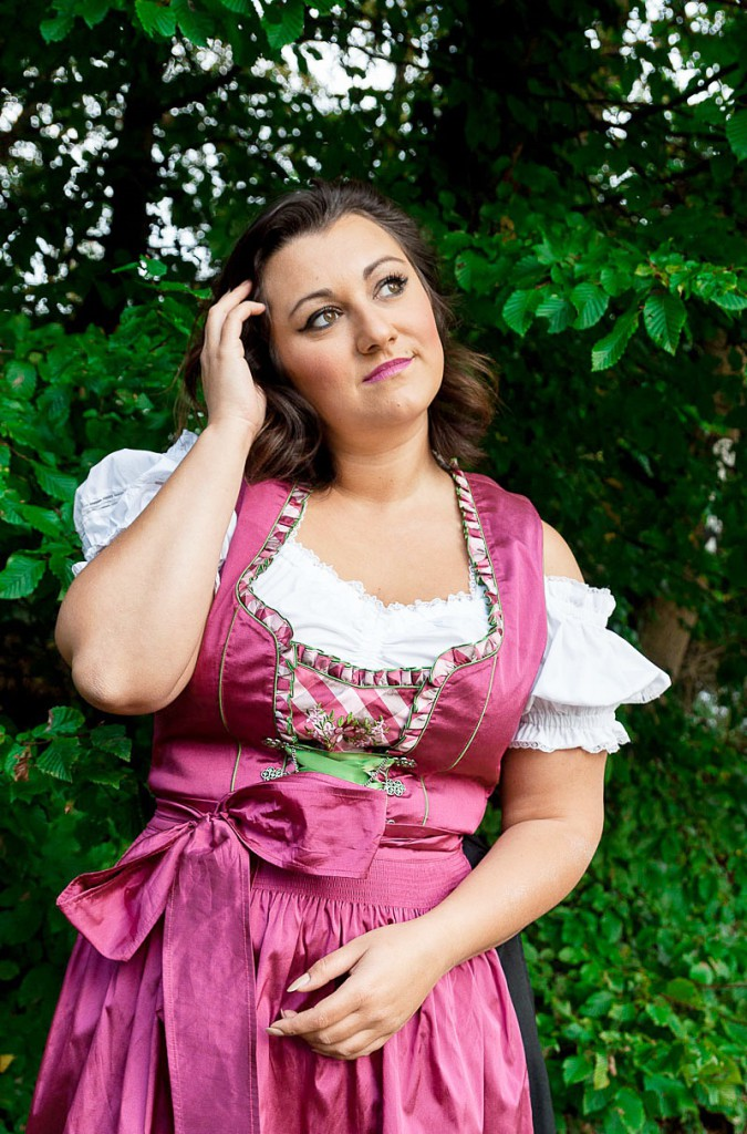 schuhe zum dirndl,trachten dirndl,auf welcher seite die schleife beim dirndl,plus size dirndl costume,oktoberfest dirndl dresses,authentic german dirndl dress,german dirndl dress,traditional dirndl,bavarian dirndl dress,sexy dirndl,plus size dirndl dress,dirndl oktoberfest,